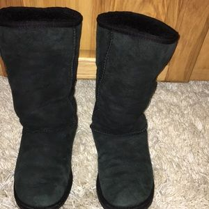 Women's size 6 black tall UGG  boots